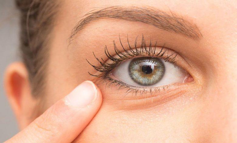 نصائح لحماية منطقة تحت العين